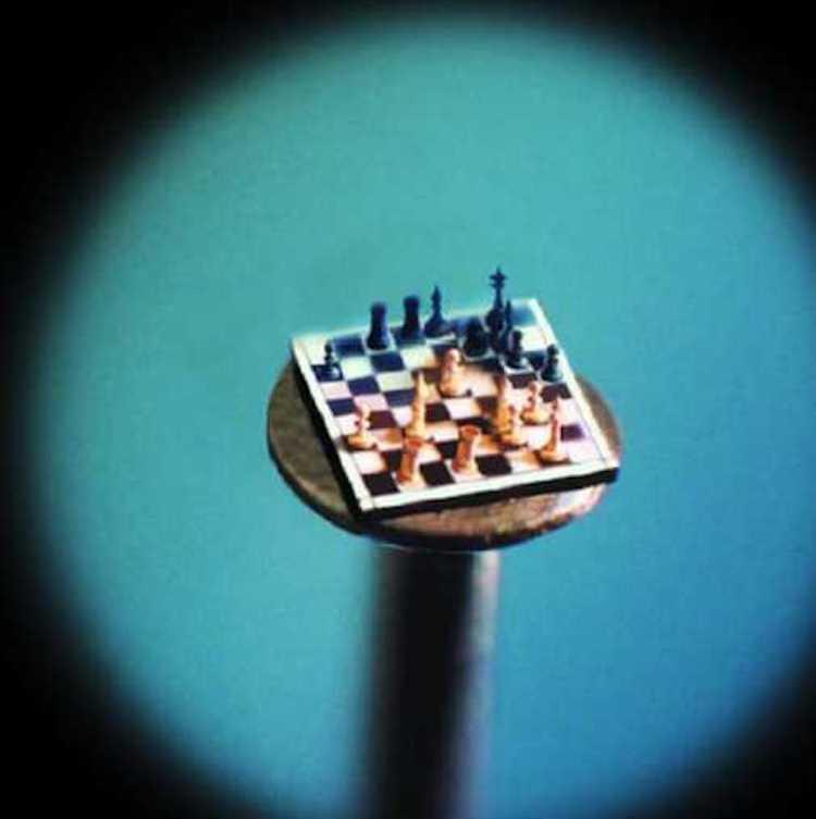 Mikro Minyatür | ne Ucuna Satranç Tahtası