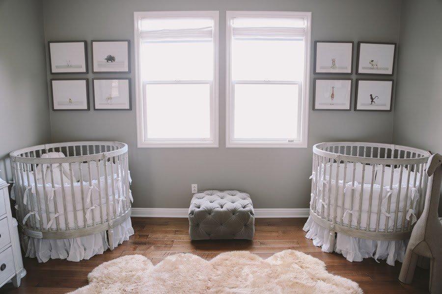 İkiz Bebek Odası | A lovely gray nursery with round cribs 1