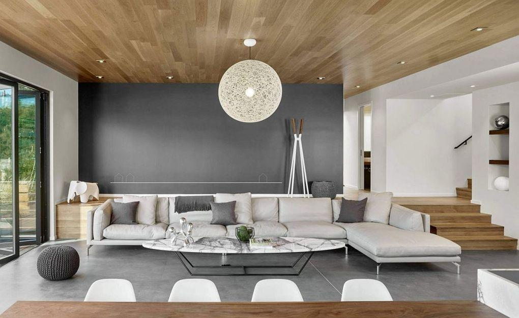 Kaliforniya Evleri | Fabulous Moooi Random light and eliptical coffee table in marble for the living room 1