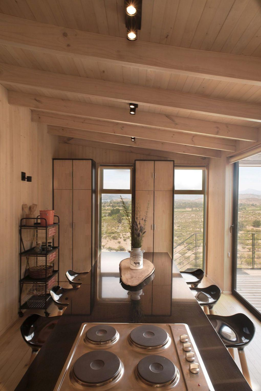 Ahşap Ev | Wooden interior of the budget home in Chile with spacious dining room 1