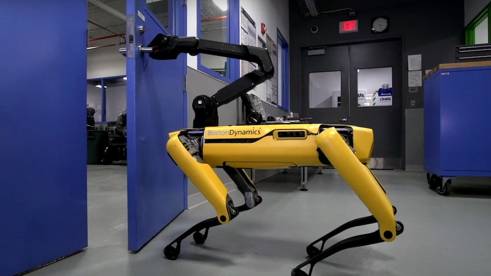 Google Robot   boston dynamic robodog door