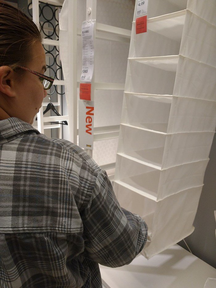 IKEA Neden Gideriz? | guy try figure out visit ikea again 9