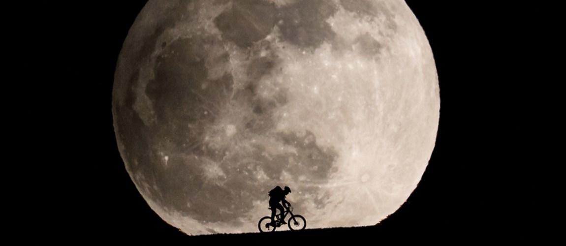 Ay'ın Dünya'ya En Yakın Olduğu An   moon