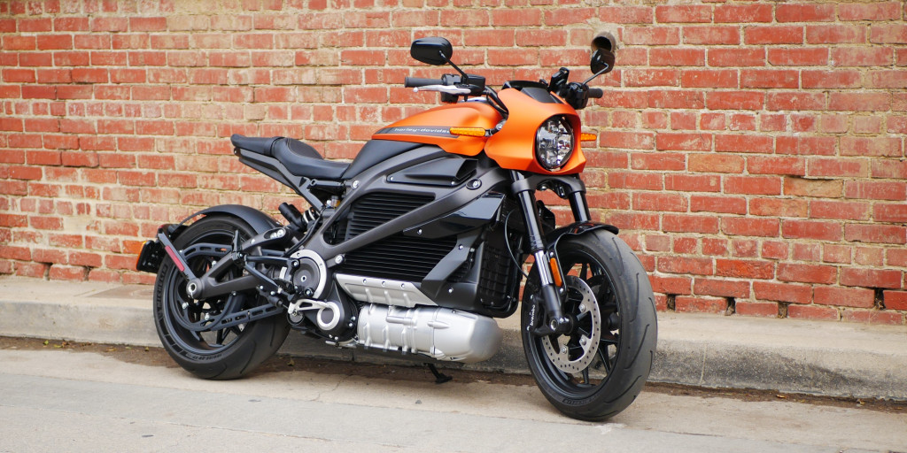 Elektrikli Harley Davidson ile 24 Saatte 1723 Kilometre | Harley Davidson Liwewire Yandan 2