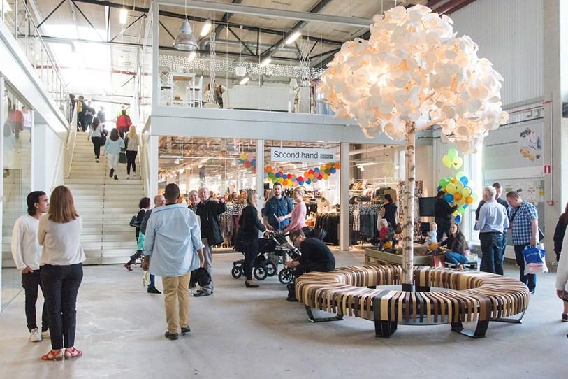 Dünyanın İlk Geri Dönüşüm Alışveriş Merkezi | Geri Dönüşüm Alışveriş Merkezi