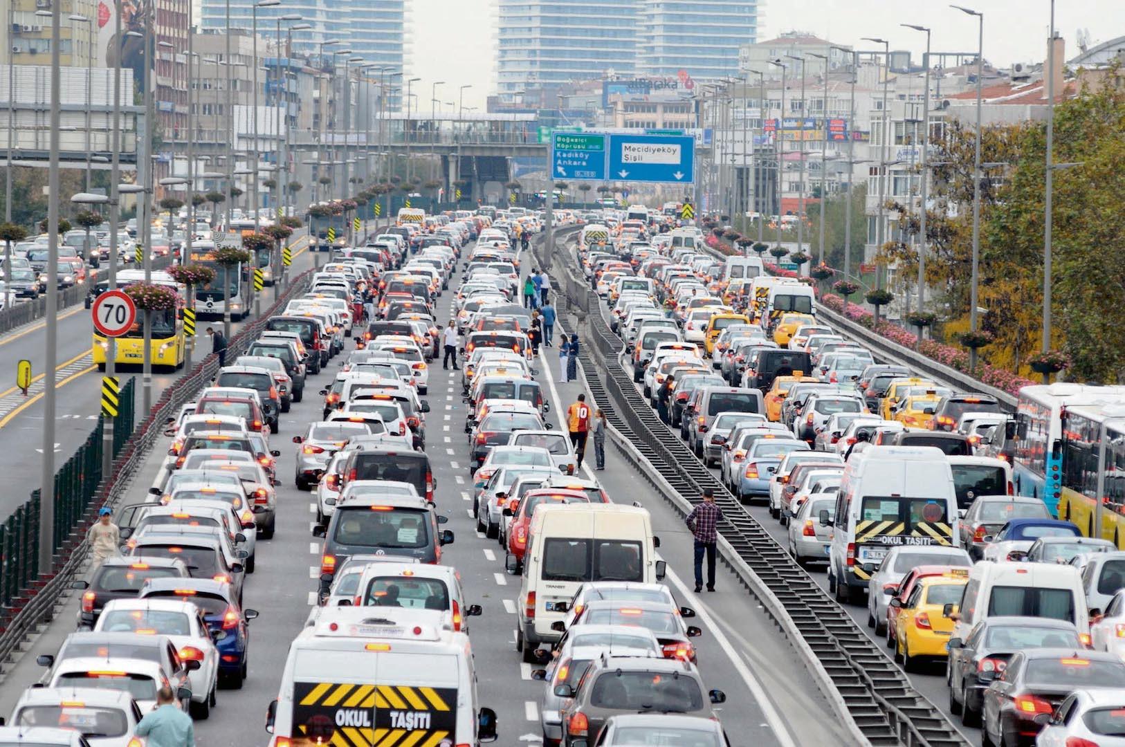 Türkiye'de Trafikteki Araçların Ortalama Yaşı | Türkiyedeki Araç Sayısı